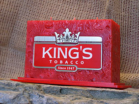 екламна свещ на King's Tobacco на поставка